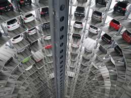 Biltillverkare