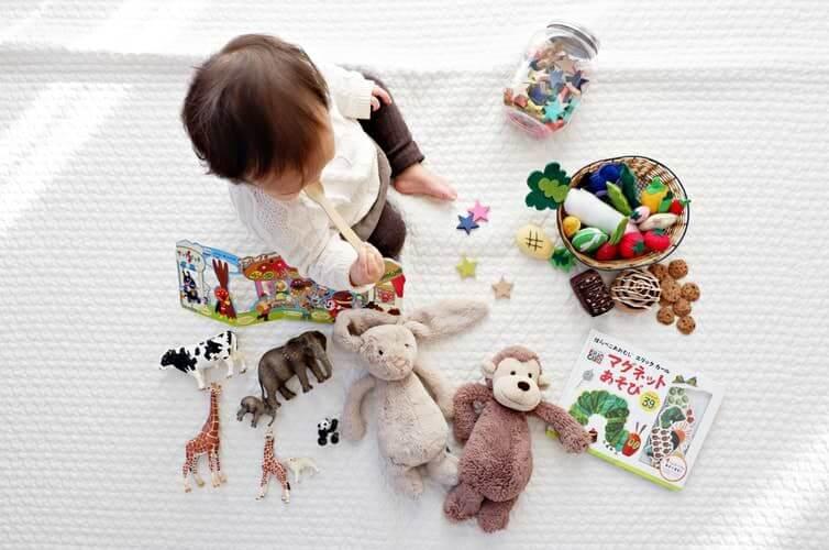 våra 5 bästa tips för hur du håller koll på ekonomin under småbarnsåren