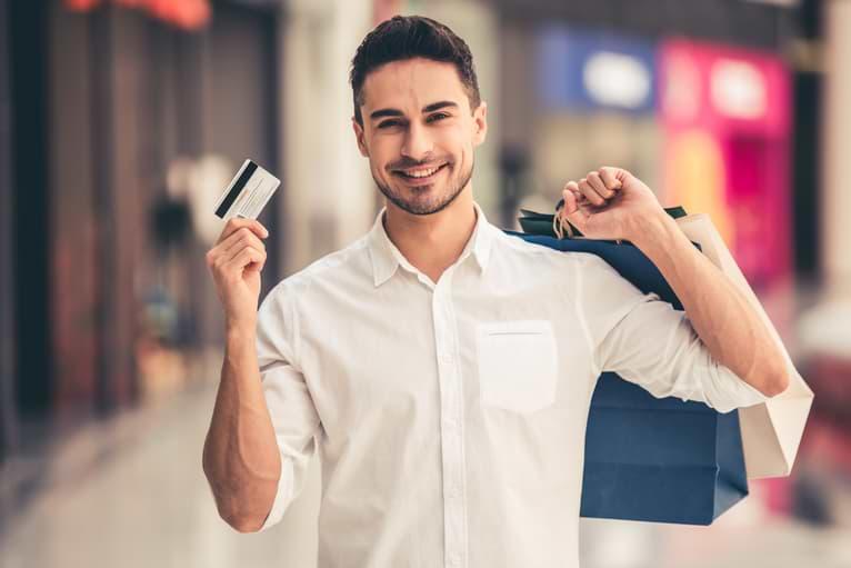 Man handlar med kreditkort