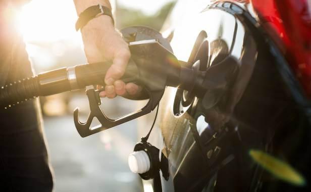Tanka med bensinkort