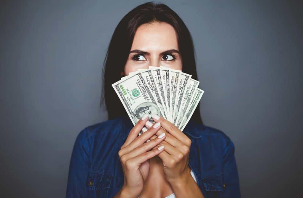 Den nya affärsmodellen - Få förskott på lönen