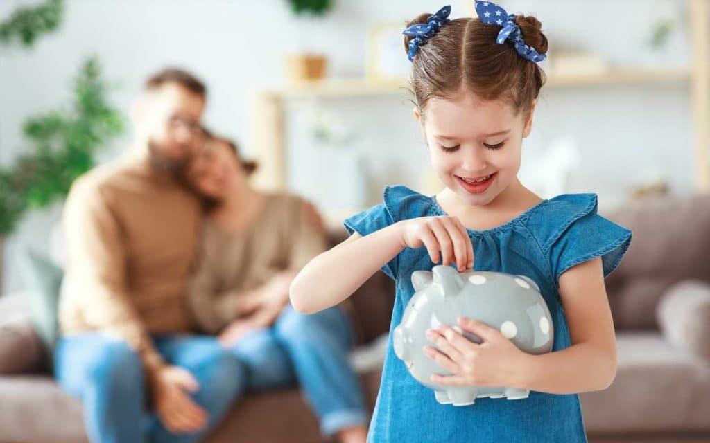 Lär dina barn om pengar med konkreta övningar